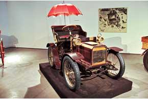 Бельгийская Minerva Minervette c 1-цилиндровым 5-сильным мотором использовалась португальским королем Карлосом.