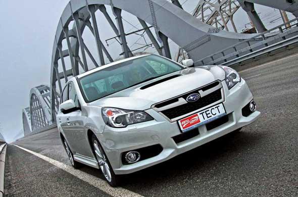 Subaru Legacy 2013 г.