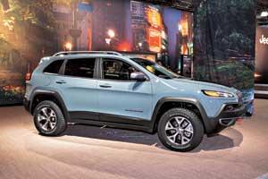 Новое поколение Jeep Cherokee поразило всех очень смелым дизайном. Воспримут ли его покупатели, покажет время.