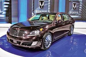 Hyundai привез обновленный флагманский седан Equus – со светодиодными ходовыми огнями иновым интерьером.
