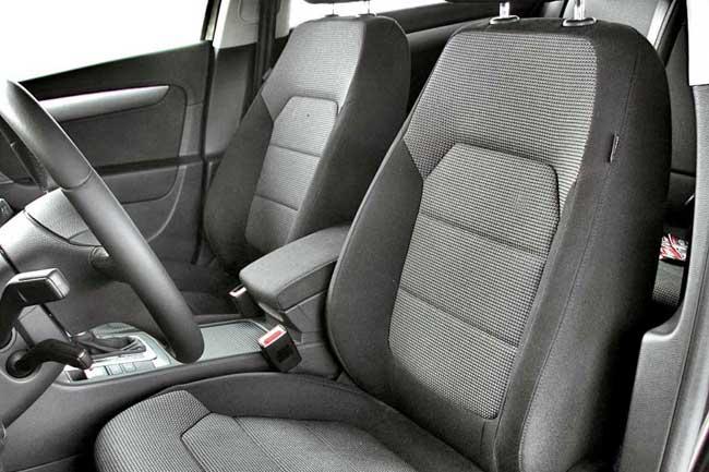 Для авто с тем и другим мотором предложены одинаковые комплектации и дополнительные опции.