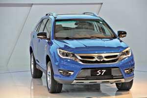Полноприводный SUV премиум-класса BYDS7
