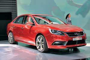 Концептуальный седан Chery Alpha7  первым среди моделей марки получит новые мультимедийные технологии iAuto, а также силовые агрегаты нового поколения.