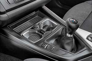 В стандарте – набор средств BMW EfficientDynamics срежимом ECO PRO, адля МКП еще ифункция Stop/Start.