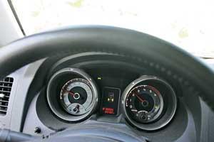 Самый сложный совет для владельца красивой и большой машины – не спешить.