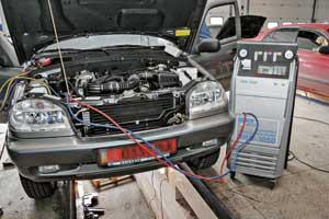 Эксплуатировать систему кондиционирования надо в течение всего года (хотя бы несколько раз зимой включать в теплом гараже).