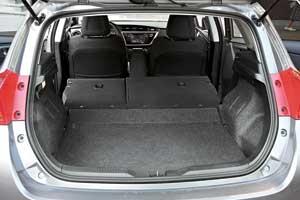 Багажник стал немного больше – в походном состоянии всего на10 литров. Уровень пола можно регулировать.