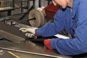 Все самые важные составляющие завод делает сам. Вцелом в шине насчитывается более 200 компонентов.