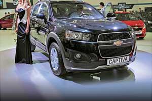 На стенде Chevrolet бал правили новый кроссовер Tracker и переживший рестайлинг SUV Captiva.