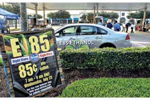 В развитых странах топливо с биоэтанолом уже норма. Десяток наших компаний тоже продает на своих АЗС бензин с содержанием биоэтанола свыше 30%.