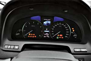 Всего к автомобилю по Bluetooth можно подключить до пяти телефонов.