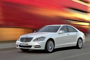 Mercedes-BenzS500 4MATIC Long Blue EFFICIENCY 4,7 л (435 л. с.)