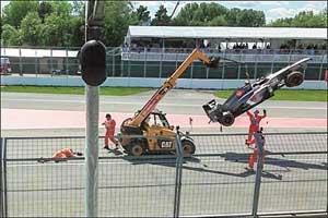 Формула-1 унесла еще одну жизнь. На этот раз – маршал, который помогал убрать машину Гутьерреса.