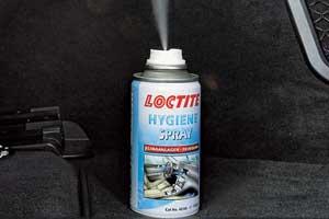 Упомянутые читателем продукты «Хенкель» носят названия «Теросепт» и «Локтайт Гигиен Спрей» и разработаны специально для очистки автомобильных систем кондиционирования.