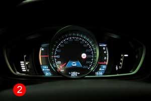 Тест-драйв Volvo V40 T5 Cross Country