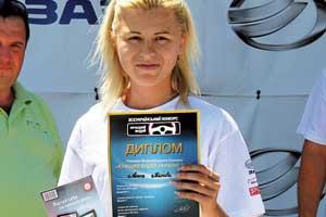Видеорегистратор Mystery получила самая молодая участница заезда – Алена Титова.