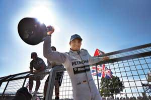 Помогли ли команде Mercedes тесты Pirelli? Вот главный вопрос последних гонок. Совпадение или нет, ноНико Росберг иЛьюис Хэмилтон поехали явно быстрее после Гран-приМонако.