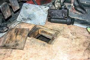 Одноконтурный главный тормознойцилиндр.