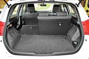 Тест-драйв Toyota Auris Hybrid