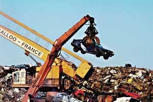 Демонтированные элементы, пригодные как запчасти продают со значительной скидкой, а остальное отправляется на переработку.