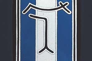 Эмблема de Tomaso
