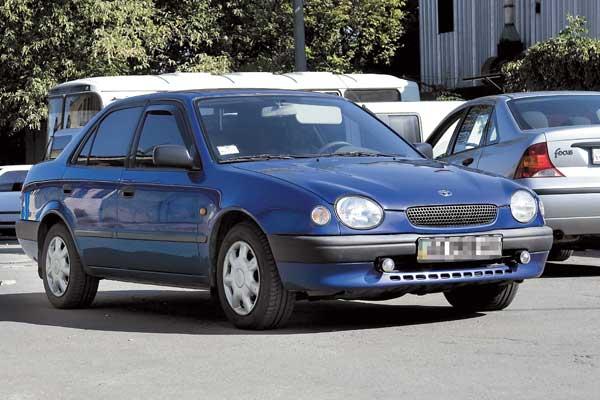 Toyota Corolla (E11) 1997–2001 г. в. От $8000 до $12900