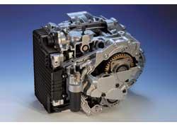 Главное техническое новшество – 6-ступенчатая роботизированная трансмиссия Ford PowerShift сдвумя сцеплениями (аналог DSG от Volkswagen). КП разработана совместно с фирмой Getrag.