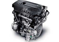 Единственный в гамме дизельный мотор (на фото), как и два бензиновых объемом 1,8 и 2,0 литра, остался прежним. А самый мощный двигатель «подрос» в объеме с 2,3 до 2,5 литра (мощность 170 л. с.).