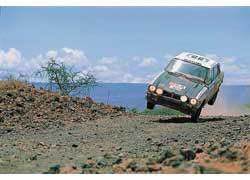 Победные традиции Mitsubishi берут свое начало в далеких семидесятых, когда японская команда набиралась опыта в африканских гонках. Safari Rally, 1977 г.