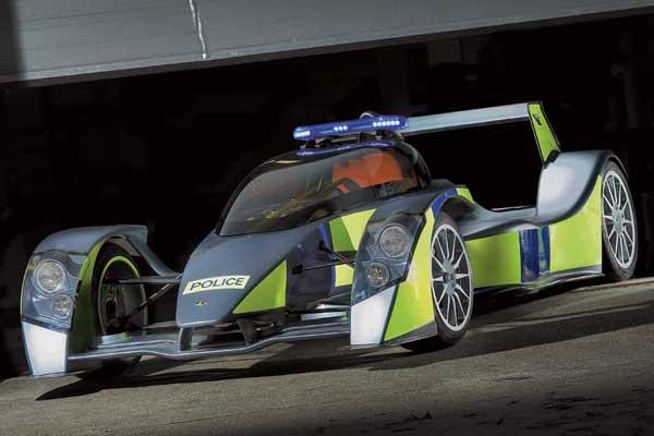 Британские инженеры компании Caparo подготовили полицейскую версию супер-кара Т1