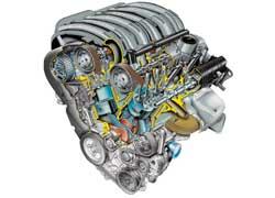 215-сильный бензиновый V6 новый С5 унаследовал от старшего собрата С6.