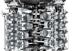 «Топовыми» моторами станут бензиновые «восьмерки» объемом 4,2 литра.