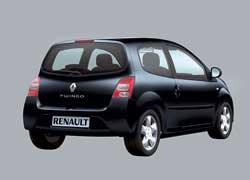 В задней части салона Renault – два отдельных пассажирских места.