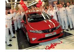 С конвейера завода Honda в Суиндоне сошел миллионный Civic, предназначенный для английского рынка. Им стал ярко-красный Type R.