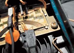 Износ токоведущих дорожек– главная причина поломки «лопаточных» расходомеров.