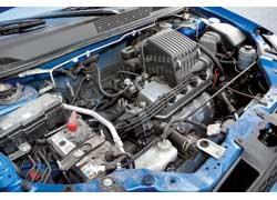 В моторах HR-V каждые 45 тыс. км нужно регулировать тепловые зазоры клапанов.