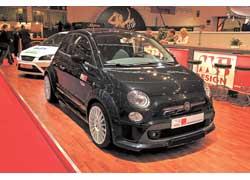 MS Design подготовил несколько варантов тюнинга Fiat 500 – умеренный (на фото) и более радикальный.