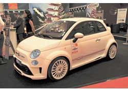 MS Design подготовил несколько варантов тюнинга Fiat 500 – умеренный и более радикальный (на фото).