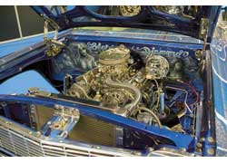 Хром и оксид титана – прекрасные материалы для декорирования лоу-райдера Chevrolet Impala Blue Diamond.