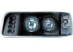 Немецкая компания in.pro. подготовила несколько новинок в области визуального контроля и безопасности автомобиля. Владельцы Volkswagen Passat получили возможность заменить штатные фары головного света более эффектными, со светодиодами, a покупатели Audi A4 – поставить светодиодные задние фонари. Кроме того, in.pro. предлагает электронную систему Park Boy FSX, которая облегчает парковку и может устанавливаться в качестве дополнения к штатному парктронику.