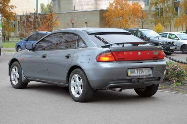 Mazda 323 (ВА)