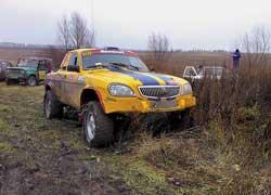 Такое возможно только в рейдах. Формально – ГАЗ-3110, на самом деле Toyota Land Cruiser.