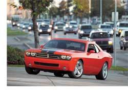 Весной на американских хайвеях появится очередной представитель семейства Muscule Car – Dodge Challenger SRT8