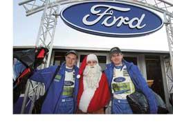 Маркуса Гронхольма, повесившего-таки шлем на гвоздь, босс команды Ford Малкольм Уилсон заменил другим «летающим финном» – Яри-Матти Латвалой (на фото слева).