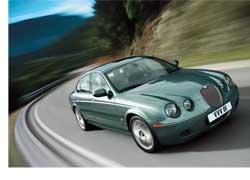 Тот факт, что Ford в ближайшее время намеревается продать два бренда – Jaguar и Land Rover, принадлежащие концерну, вовсе не говорит об упадке этих компаний. Мировые продажи Land Rover в 2007 году выросли на 18% в основном благодаря росту спроса на автомобили марки в России и Китае.