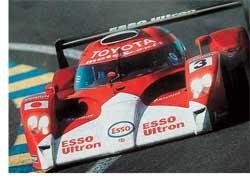 Компания Toyota, один из лидеров в области применения гибридных силовых установок на серийных автомобилях, активно продвигает эту концепцию и в автоспорте. Достигнув локальных успехов с Lexus GS450 и Toyota Supra HV-R в национальных сериях, японцы замахнулись на «24 часа Ле-Мана».
