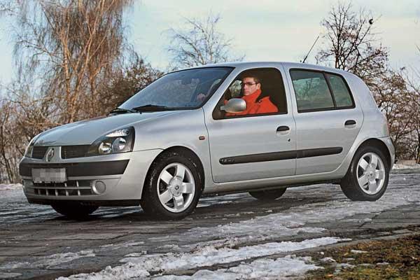 Renault Clio (1998–2005) от $11800 до $14500