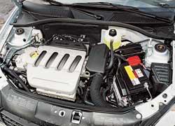 Во всех двигателях Clio ГРМ приводится в действие ремнем. Причем его замену стоит доверить только квалифицированным специалистам: незнание маленькой «хитрости» может привести к поломке двигателя.