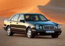 Некоторые фанаты марки Mercedes-Benz очень «болезненно» восприняли столь радикальную смену облика консервативного E-Кlasse в 1995 году. Но совсем скоро «глазастого» признали своим.
