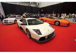 Столичная компания Pro Tuning показала, что в Украине без проблем работают с таким «материалом», как Bentley, Lamborgini, Jaguar.